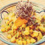 Garbanzos al curri con paté de zanahorias y cacahuete