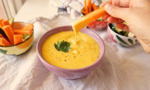 salsa de queso estilo cheddar